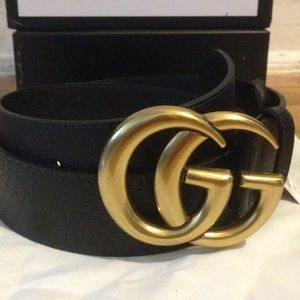 Gold buckle black GG pigskin leather belt